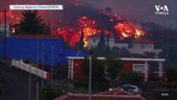 İspanya'daki La Palma Adası Lavlar Altında