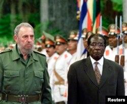 VaFidel Castro naVaRobert Mugabe
