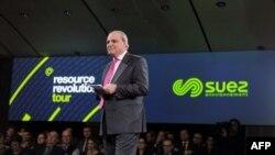 Le groupe responsable de la gestion de l'eau et des déchets, Jean-Louis Chaussade, président de Suez Environnement, a pris la parole le 12 mars 2015.