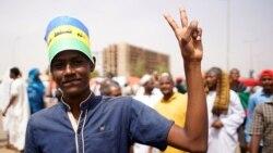 Les protestataires soudanais réclament la dissolution du Conseil militaire