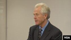 Kinh tế gia Peter Navarro.