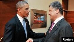 Presiden AS Barack Obama saat bertemu Presiden Ukraina Petro Poroshenko di Warsawa, Polandia (foto: dok).
