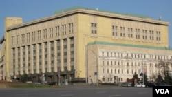 位於莫斯科市中心的俄羅斯聯邦安全局辦公大樓 (美國之音白樺拍攝)