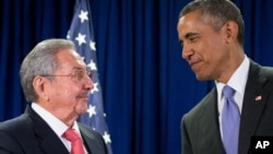 Рауль Кастро и Барак Обама (архивное фото)