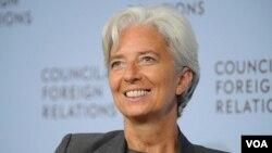 Lagarde dio la bienvenida a las recientes propuestas que Obama anunció para estimular el crecimiento económico.