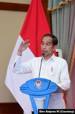 Presiden Jokowi Imbau Pemda Riau tingkatkan penanganan pandemi di wilayahnya. (Foto: Courtesy/Biro Pers)