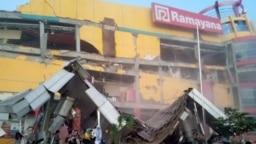 Bnpb Gempa Bumi Dan Tsunami Di Palu Dan Donggala Sedikitnya 384