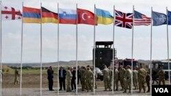 სომხეთის დროშა NATO-ს Noble Partners-ის წვრთნაზე ვაზიანში. 2017 წლის აგვისტო