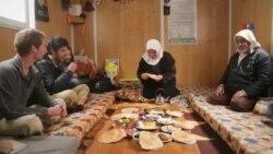 """""""Salam qonşu!"""" - Qaçqın suriyalıların düşərgə həyatı"""