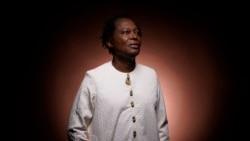 "Lokua Kanza: ""O mundo precisa de amor"""