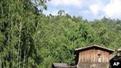 برما کے نسلی گروپ کیرن کی ایک بستی
