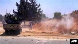 Libijski pobunjenici na zapadu zemlje