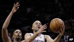 Tony Parker a marqué 17 points face aux Pistons de Detroit (AP)