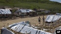 지난 13일 북한에서 수해로 집을 잃은 주민들을 위해 세워진 임시 거주 텐트.