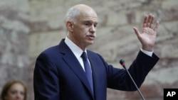 Adeus ao Euro? - Papandreou falou aos membros do seu partido