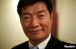 Lobsang Sangay, PM Tibet di pengasingan di India (foto: dok).