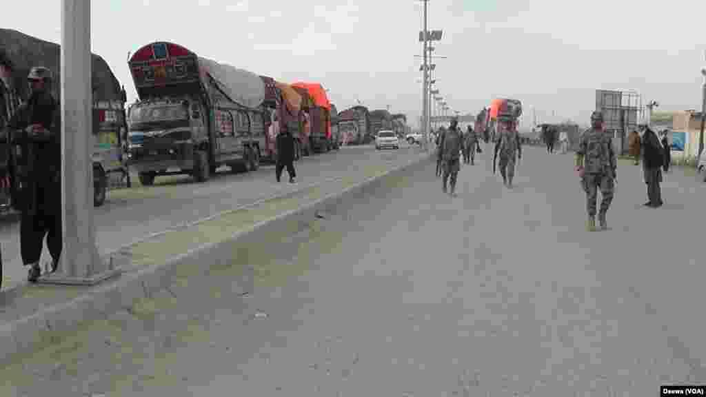پاکستان نے 16 فروری سے افغانستان سے اپنی سرحد ہر طرح کی آمد و رفت کے لیے بند کر دی تھی۔