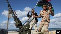 Thành viên lực lượng dân quân Libya.