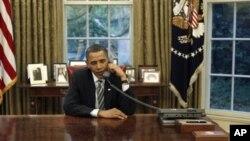 Τηλεφώνημα Μπαράκ Ομπάμα στον Λουκά Παπαδήμο