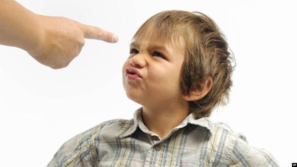 چگونه می توان جلو لجاجت و سرکشی کودکان را گرفت؟