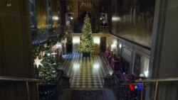 Christmas အျပင္အဆင္ေတြနဲ႔ Chatsworth စံအိမ္ႀကီး