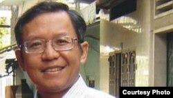 Phạm Minh Hoàng bị Chủ tịch nước Việt Nam tước quốc tịch và bị trục xuất khỏi Việt Nam vào tháng 6.