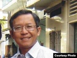 """Giáo sư Phạm Minh Hoàng, Việt kiều Pháp, bị trục xuất khỏi Việt Nam vì bị cáo buộc có các """"hoạt động phạm pháp và có liên hệ tới đảng Việt Tân"""
