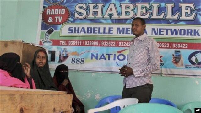 Weriyayaal ka hadlaya dil loo geystay mid ka mid agaasimayaashii Radio Shabeelle ee Muqdisho.