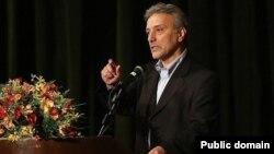 محمود نیلی احمد آبادی، گزینه رئیس جمهوری ایران برای وزارت علوم