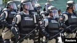 Unos cuatro mil agentes y policías antimotines han sido movilizados en Tampa para impedir actos de violencia durante la Convención.