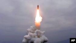 Triều Tiên phóng hỏa tiễn tại thành phố biển miền đông Wonsan hôm 2/10