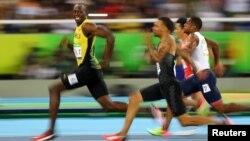 Pelari Jamaica Usain Bolt (depan) dalam nomor 100 meter putra Olimpiade di Rio de Janeiro, Brazil (foto: ilustrasi).