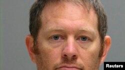 Lee Robert Moore enfrenta una condena de hasta 10 años de ser hallado culpable.