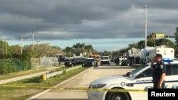 Policijska patrola nakon pucnjave u srednjoj školi u Parklandu, Florida.