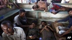 抵達印尼的船民得到當局提供人道援助
