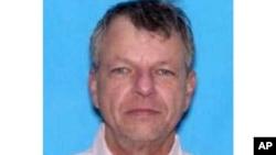 路易斯安那州警方提供的電影院槍擊案兇手照片
