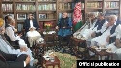 پاکستانی وفد کی سابق افغان صدر کرزئی سے ملاقات