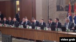 Sednica Vlade Srbije kojoj su prisustvali predsednik Srbije Aleksandar Vučić i predstavnici Srba sa Kosova, u Beogradu, 30. oktobra 2018.