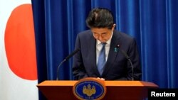Thủ tướng Nhật Shinzo Abe trong cuộc họp báo công bố từ chức hôm 28/8.
