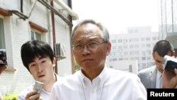 Wakil Dubes Amerika di Tiongkok, Robert S. Wang (tengah) dipanggil oleh Asisten Menlu Tiongkok untuk membuat pernyataan serius terkait isu ketegangan di Laut Cina Selatan (Foto: dok).