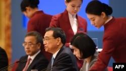 中国两会众高官、修宪投票和人事变动(50图)