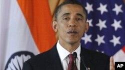 Predsjednik Obama odgovara na pitanja novinara u indijskom Parlamentu