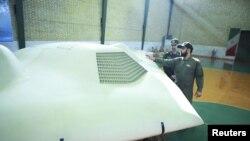 El avión, en poder de Irán desde diciembre, ha sido mostrado como un trofeo de guerra.