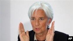 Izvršna direktorka MMF-a, Kristin Lagard poručila evropskim liderima da pomognu jedni drugima u otplati državnih dugova, London.