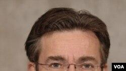 Ketua Partai Demokrat Kristen Belanda, Maxime Verhagen.