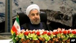伊朗總統魯哈尼11月26日在德黑蘭講話