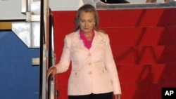 U.S. Secretary of State Hillary Rodham Clinton arrives at Halim Perdanakusuma airport in Jakarta, Indonesia, Sept. 3, 2012.