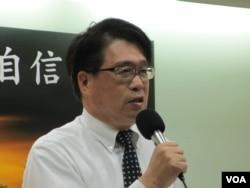 台湾民意基金会董事长游盈隆 (美国之音张永泰拍摄)