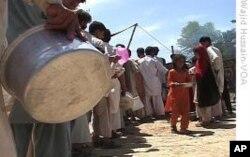 لڑائی سے متاثرہ پاکستانیوں کے لیے اضافی امداد کا امریکی وعدہ