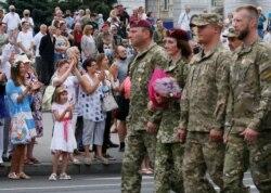 Марш захисників України, Київ, 24 серпня 2020 (Reuters)